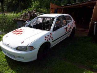URGENT vend Honda civic f2000